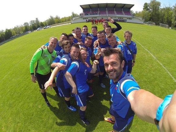 Slovenian Team is Ready! As One!