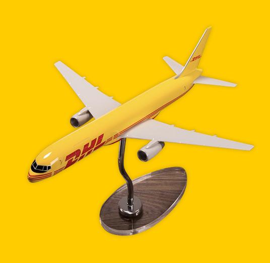 DHL AEROPLANE Boeing 757-200(1:155)